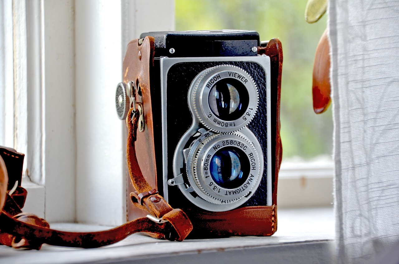 Retro Camera - Ricoh